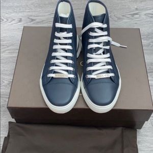 NWT Gucci high top calf leather sneakers
